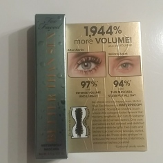 Miniature Too Faced mascara noir